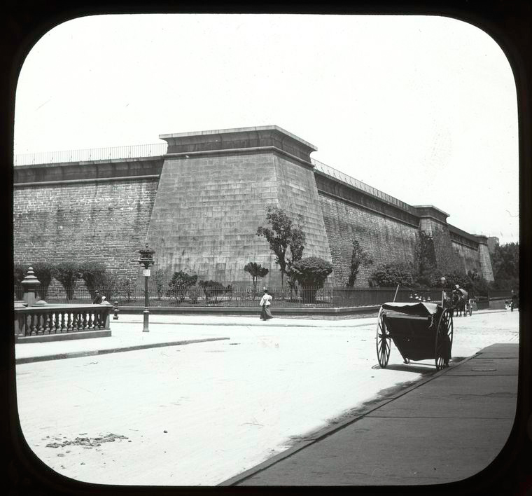 """""""42nd Street looking west at street level with Murray Hill/Croton Reservoir in the background and cart at right."""